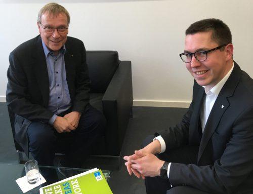 Thomas Müller trifft IHK Niederrhein-Präsident Burkhard Landers zum Netzwerkgespräch
